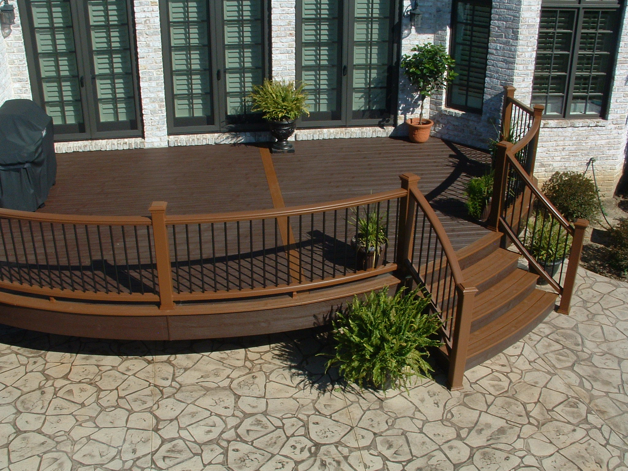 Exterior Fascinating Curved Trex Transcend Decking Amazing Plastic Decking  That Looks Like Wood Interesting Pictures Of Trex Decking Design Ideas Best   ...